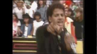 Abelhudos - Dia de Paraíso - Cassino do Chacrinha (1988)