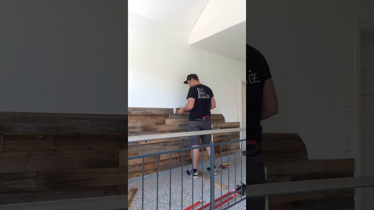 Wandverkleidung Garage : Alt holz garage zeigt altholz wandverkleidung in form des