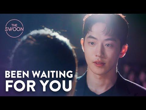 Nam Joo-hyuk walks his way into Suzy's heart | Start-Up Ep 2 [ENG SUB]