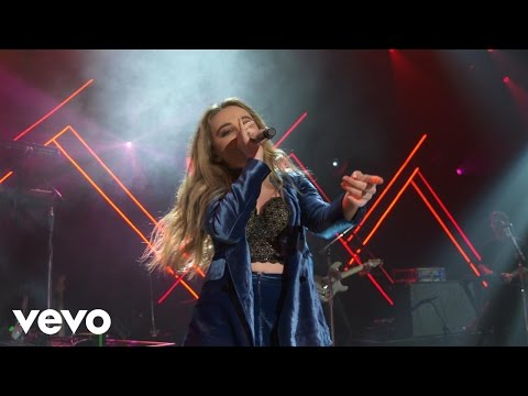 Sabrina Carpenter - Smoke & Fire (Live on the Honda Stage at the iHeartRadio Theater LA)
