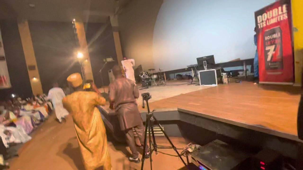 le GRAND M sur la scène d djoss Saramani frère 😂🤣😂😂❤️ATCHIKADO🔥🔥🔥🔥🔥