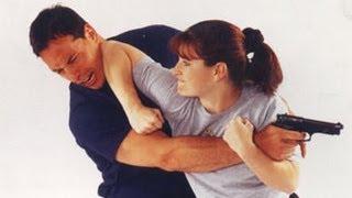 Уроки самообороны: правильная стойка