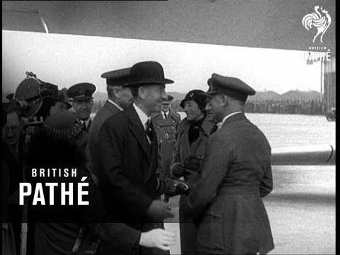 Record Breaking Fliers Home! (1933)