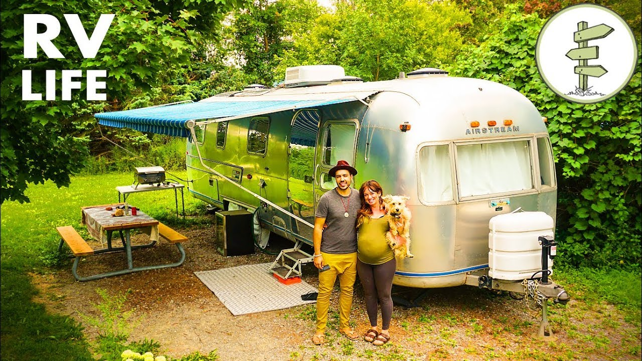 Airstream Caravan Vintage nomadic couple living in an incredible vintage airstream - interview & tour
