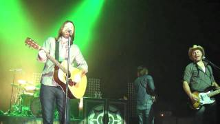 Gone - Live From The Make Your Move Tour 2011