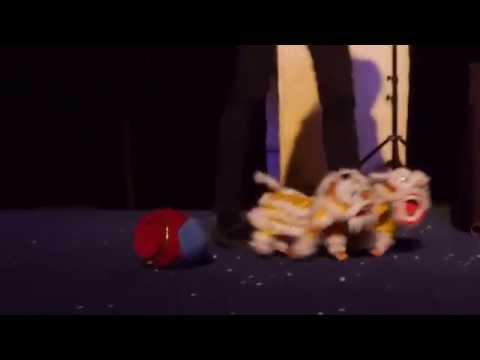 Puppet Performances : Singapore (China Lion)