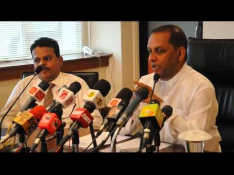 Mahinda Amaraweera press by Ishan Sanjeewa