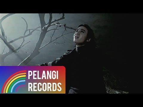 Caffeine - Kau Yang T'lah Pergi (Official Music Video)