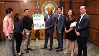Viet Cultural Fest team meeting with Houston Mayor Sylvester Turner