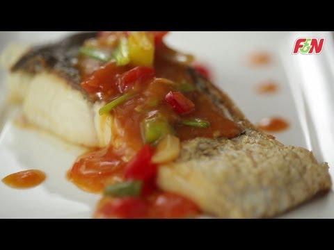 สเต็กปลาเปรี้ยวหวานซอสส้ม - Sweet and Sour Fish Steak With Orange Sauce