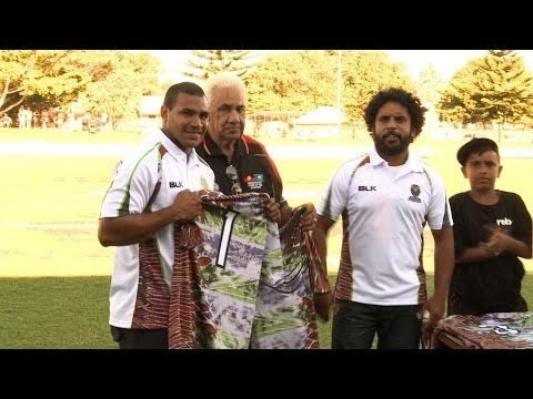 Goannas presented with playing jerseys