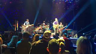 Coldplay with Peter Buck (REM) play Free Fallin', a tribute to Tom Petty