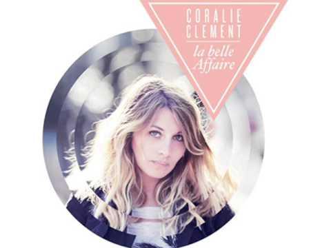 """Coralie Clement - """"A la longue"""" - Cover Chiara Mastroianni /Home 2004 ( Lyrics)"""