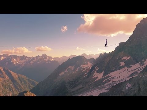 Highline Record in the French Alps - Longest Line at Over 3000m!