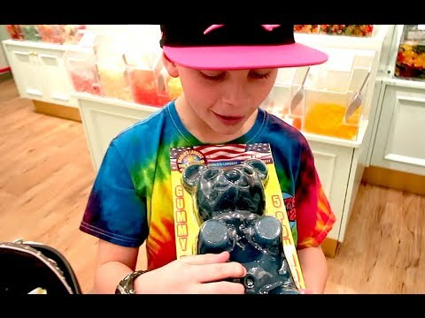 Gage Found The World's Largest Gummy Bear!!