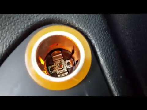 How to change cigarette lighter Peugeot 308   Cum schimbi lumina de la bricheta Peugeot 308