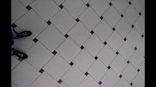Кухня пол плитка по диагонали с декором,плитка 42 на 42см.