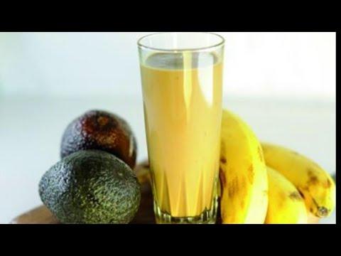beurre-d'arachide-à-la-banane-et-à-l'avoine-smothie-recette-facile-à-faire-rapidement-pour-le-déjeun