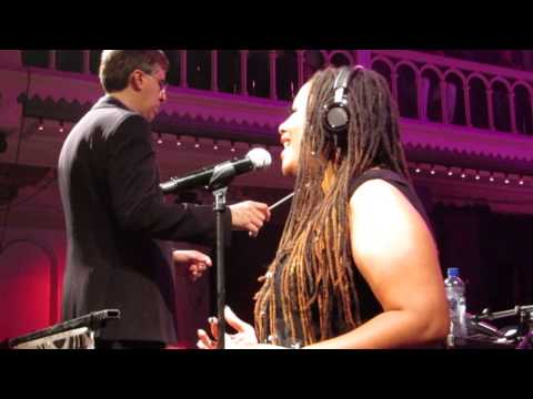 Lalah Hathaway - Forever, for always, for love (Paradiso, 23-05-2015)