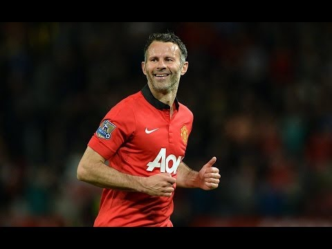 Ryan Giggs Substitutes himself as Player/Manager - Manchester United Vs Hull City (2-1) 06/05/2014