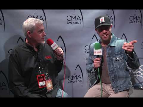 Dustin Lynch | I went home and my mom still had a night light in my room