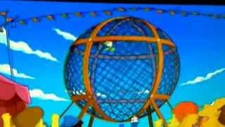 The Simsons Homer goes around cage on motorcycle