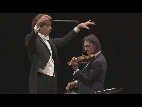 عازف الكمان اليوناني ليونيداس كافاكوس يستحضر سترافينسكي في لوكسمبورغ…  - نشر قبل 2 ساعة