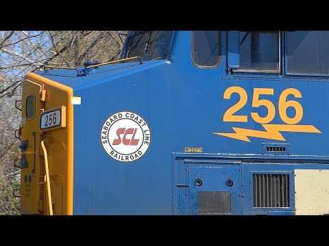 "CSX Heritage Unit 256 "" Seaboard Coast Line Railroad "" On Q398!"