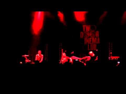 We Have Band - Divisive (Shepherds Bush Empire 22-09-2010)