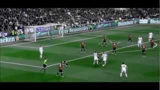 Mesut Ozil vs Manchester United