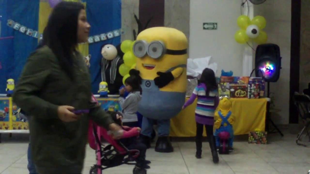 Minios en fiesta infantil 2020
