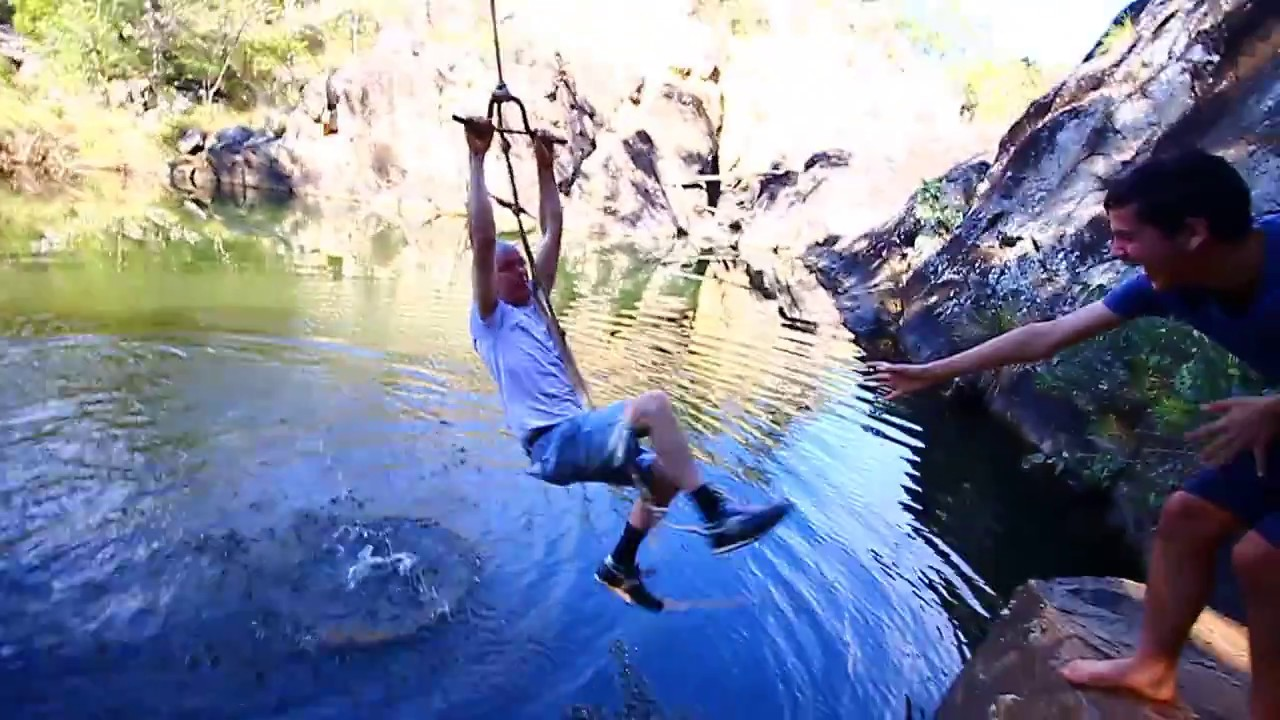 Funny Video: Dad On a Rope Swing Fail