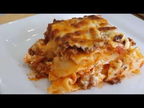 Homemade Lasagna Without Ricotta Cheese   Tina's EZ Recipes   Episode 28