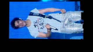 leehom music man live in malaysia 2009-kiss goodbye (encho part)