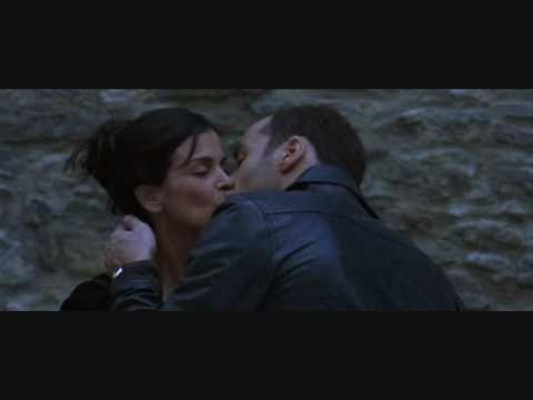 Chasing Liberty Kissing Scene
