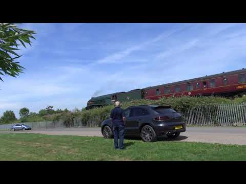 60009 Union of South Africa passing  Westbury Cement Works 18 07 2017