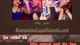LIFE IS BUBBLE GUM - CJR COBOY JUNIOR karaoke download ( tanpa vokal ) cover