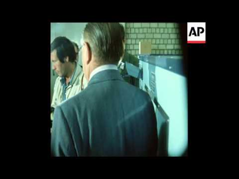 SYND25/09/72 A POSTAL SORTING MACHINE ELLIMINATES CONTRABAND