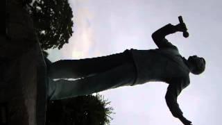 """2013年7月28日撮影。北海道真狩村にある真狩川河川公園内の """"熱唱 細川..."""