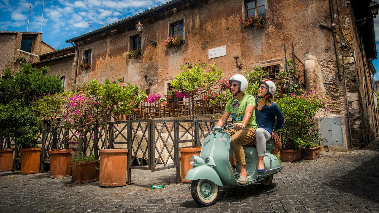 Viking oceans italy s fabled vespa scooter youtube for Vespa com italia