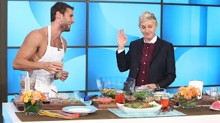 Naked Peruvian Chef Franco Noriega Heats Things Up with Ellen(Franco joined Ellen to spice things up with some delicious recipes after he stripped down!, 2016-11-01T13:01:00.000Z)