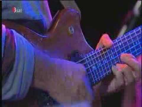 Pat Metheny and friends - This Masquerade part 2