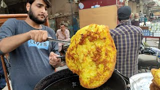 Young Boy Selling Malpua | Street Food Malpua Making in Food Street of Karachi Pakistan