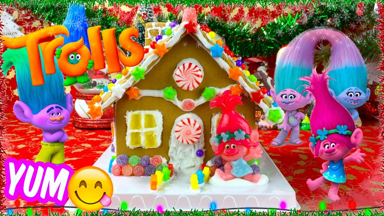 Trolls Movie Poppy S Candy Gingerbread House Youtube