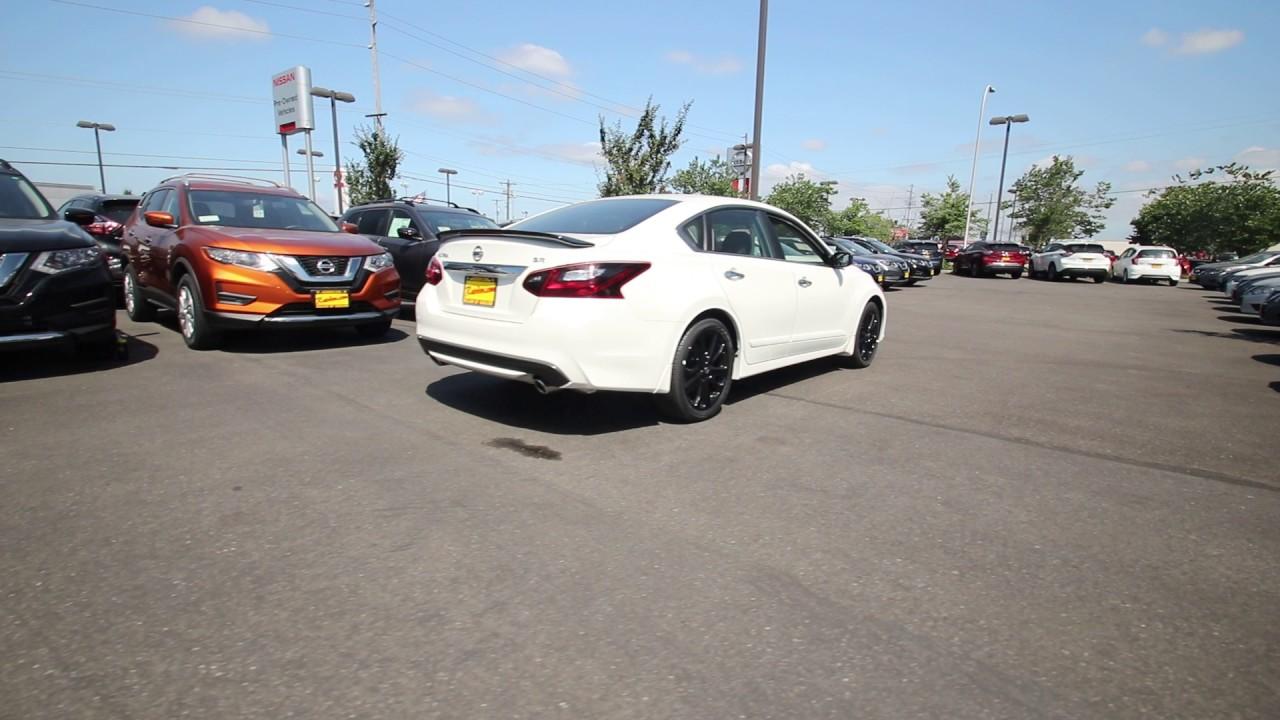 2017 Nissan Altima 2 5 Sr Pearl White Hc259847 Kent Tacoma