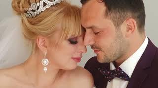 Свадебная прогулка  Сергея и Виктории ( фотостудия + парк)