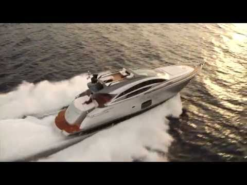 Luxury Yacht - Pershing Yacht 74 - 2016