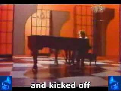 Elton John - « Your Song » + Subtitles