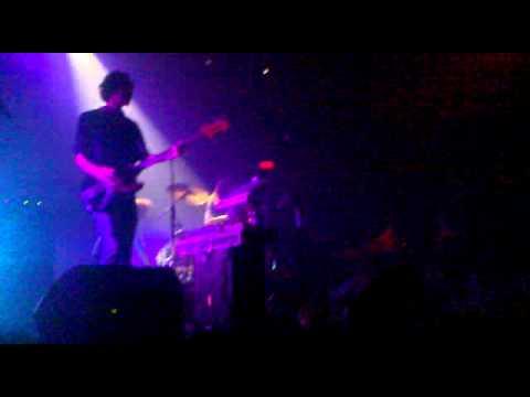 Midnight Juggernauts - Tombstone (Live)