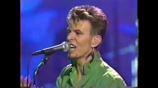 David Bowie – Fashion (Live GQ Awards 1997)